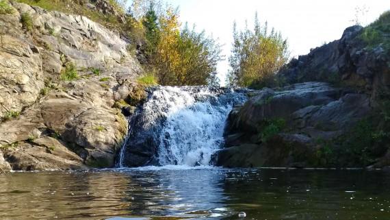 Красносельский пруд и водопад